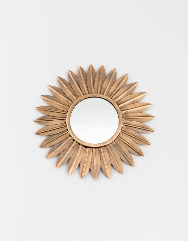 Blomformad spegel