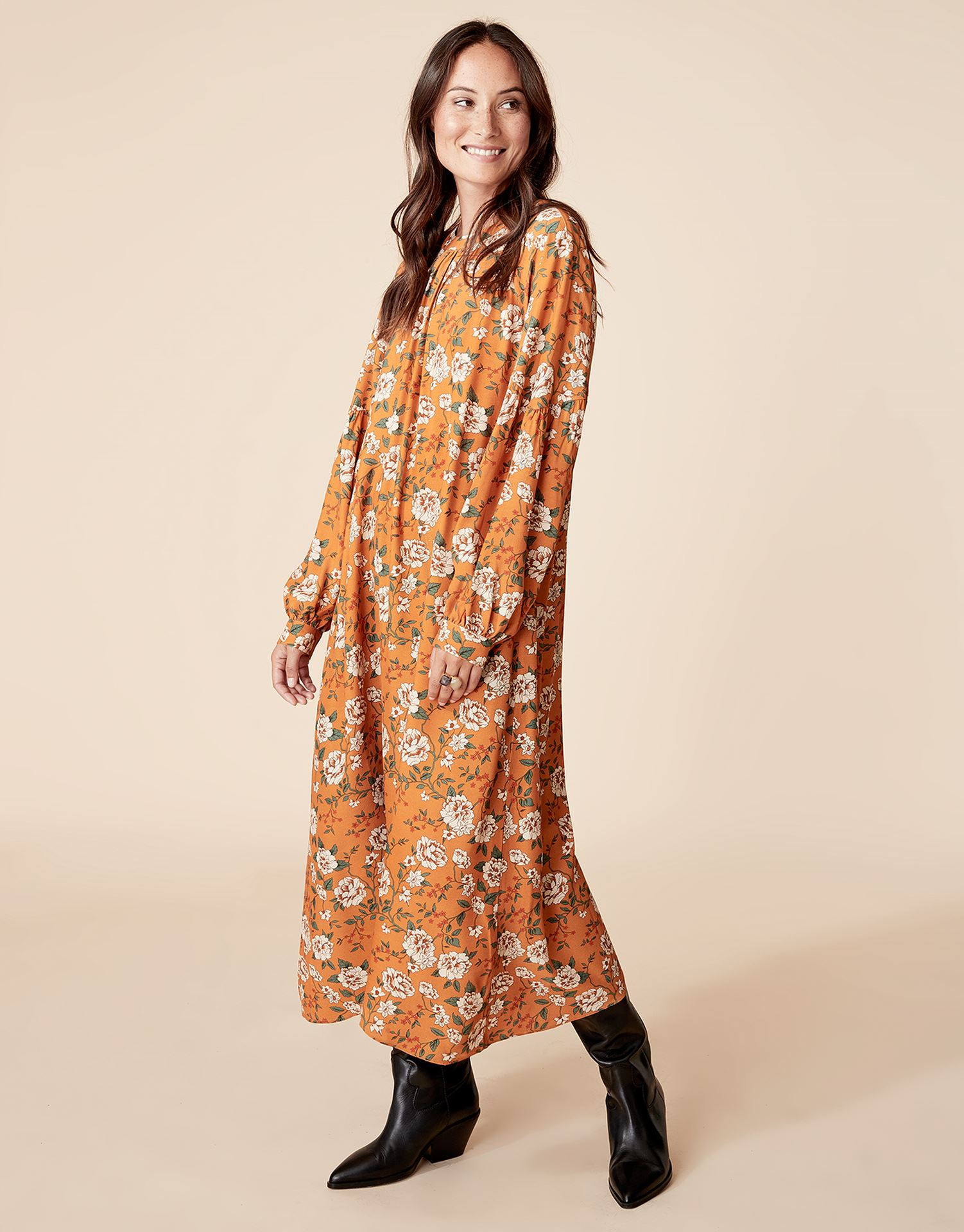 indiska långa klänningar