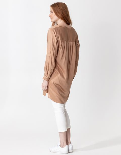 Solid 3/4 sleeve tunic