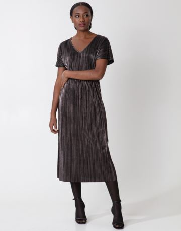 Shimmering pleated maxi dress