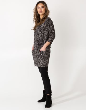 Patterned pocket jersey dress