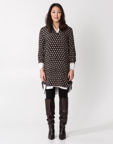 Patterned 3/4 sleeve tunic
