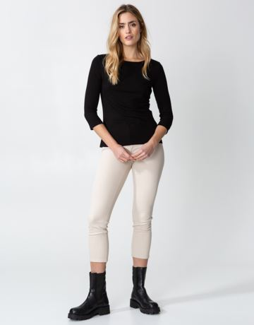 Solid rib 3/4 sleeve top